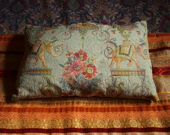 Decorative Pillows, Recycled