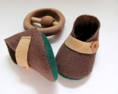 Pure Merino Wool Baby Booties - Brown, Tan, Forest Green - Natural Colors