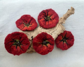 Felt Brooch poppies bloom