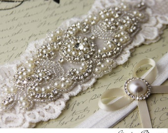 Pearl Bridal Garter, Ivory Lace Wedding Garter, Ivory garter Set, Lace Bridal Garter Set, Personalized Garter