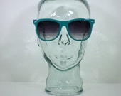 1980's CLASSIC WAYFARER Sunglasses in lagoon GREEN w/glass lenses. (I ship for Free)