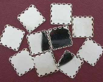 FOUR 18mm square silver-color bezel lace edge setting