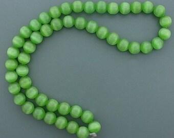 8mm green round fiber optic gemstone bead strand