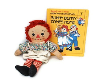 Raggedy Ann & Andy; Sunny Bunny Comes Home, Vintage Book, 1988