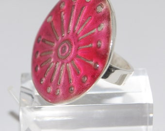 Ring Silver Round with Red Resin - R160