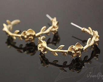 B141-10 pairs-Matt Gold Plated- flower post earring