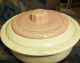Vintage USA Casserole Dish white bowl pink lid