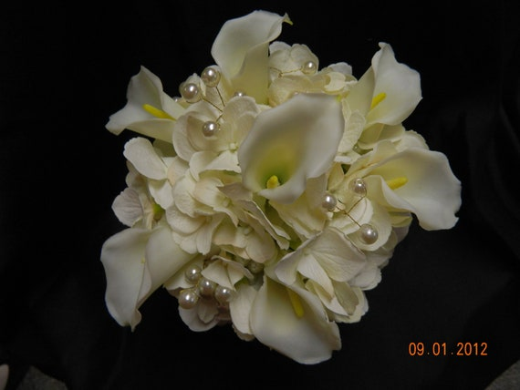 Bridal Bouquet With Calla Lilies And Hydrangeas : Wedding bouquet ivory silk calla lily hydrangeas