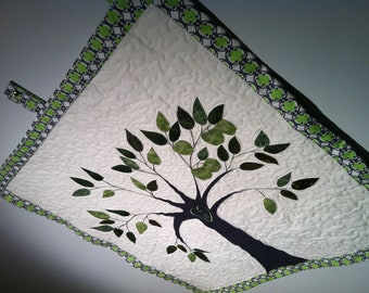 Personalized Family Apple Tree Quilt Wall Hanging