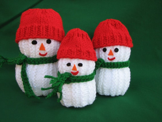 Knitted Snowman Family of Three