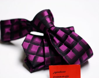SKINNY Silk Tie in Checks with Fuchsia and Black