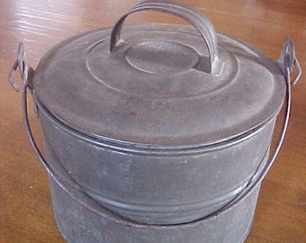 Vintage Childrens/Miners Lunch Pail, Old Tin Lunch Pail Bucket Shabby Cottage Chic Home Decor Miners Bucket Miners Lunch Bucket Pail Tin Buc