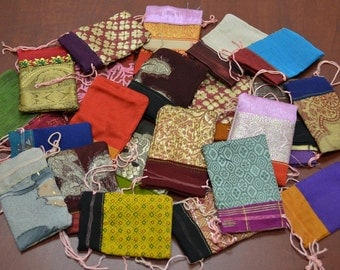 12 Pieces Handmade DRAWSTRING JEWELRY Gift POUCHES 2 x 3 Bags 8010