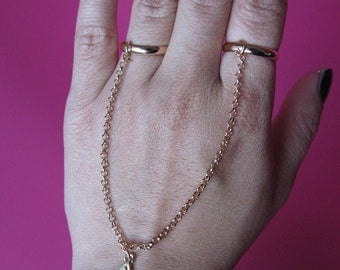 Gold Armor Slave Double Chain Triangle Harness Gold rings to wrist Bracelet