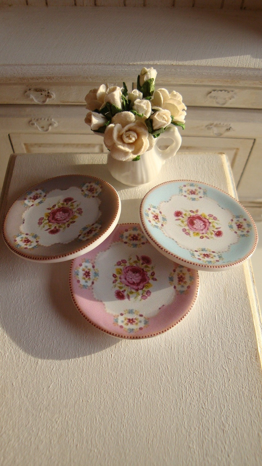 Shabby Chic Rose Dollhouse Miniature Plate
