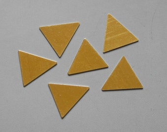 100pcs Raw Brass Triangle Stamping Tag , Findings 15mm x 14mm - F87