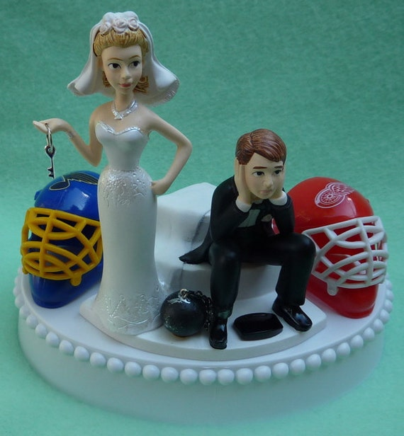 hockey themed wedding cake toppers wedding cake topper team rivalry hockey house divided and 15262