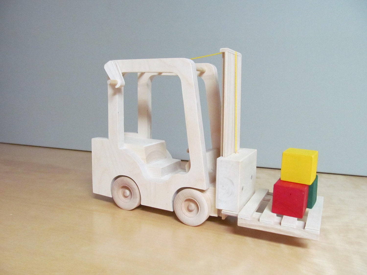 Wooden toy forklift w 2 pallets by greatwoodentoys on etsy for Toy pallets