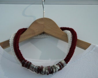 Necklace 2 colours with satin loop