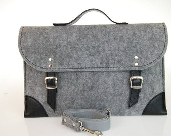NEW lower price 30% OFF!  Felt Laptop bag 15 inch with pocket, sleeve, Macbook Pro 15 inch, Laptop case with belt shoulder