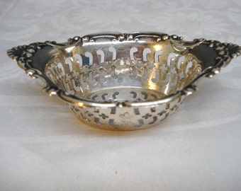 Exquisite Sterling Silver Condiment Dish by Birks Sterling Raised Pattern Open work