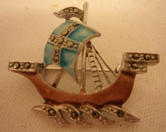 Vintage Pretty Marcasite/Enamel Sailing Ship Brooch/Pin