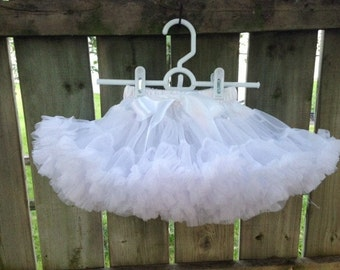 White Pettiskirt XL(6-8)