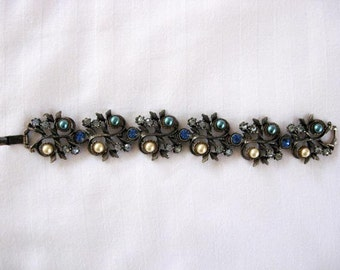 1950s unsigned multi-color Hollycraft style bracelet