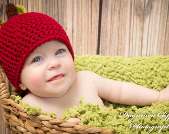 Crochet Apple Hat for Autumn - Snug Beanie in Deep Red with Leaves and Stem for Babies - Soft Fall Time Crochet Hat for Kids