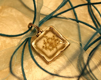 Snowflake Queen Anne's Lace Pendant