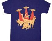 Dinos vs Aliens - Unisex Mens Cool T-Shirt Dinosaur UFO Spaceship Invasion Sci Fi Geek Awesome Monster Tshirt Tee Shirt Tri Indigo Tshirt