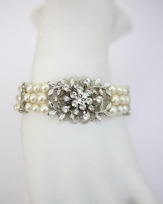 Leaf Wedding Bracelet Pearl Bridal Bracelet Pearl wedding Cuff Vintage Style Wedding Jewellery White Ivory GENOA