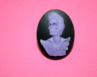 Lavender Skelvis Cameo Ring