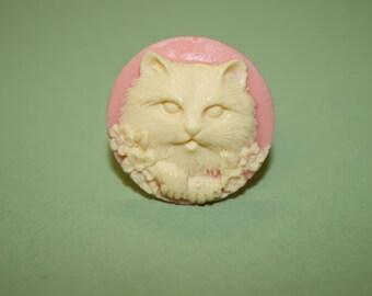 Medium Round Pink Kitty Cat Cameo Ring
