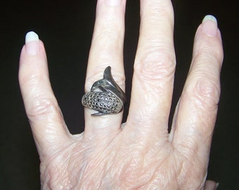 Vintage Silver Marcastle Dolphin Ring