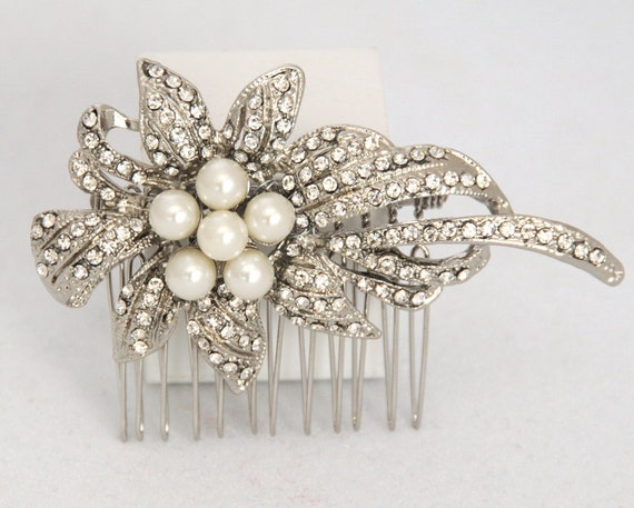 Yasmin - Floral Rhinestone and Pearl Hair Comb