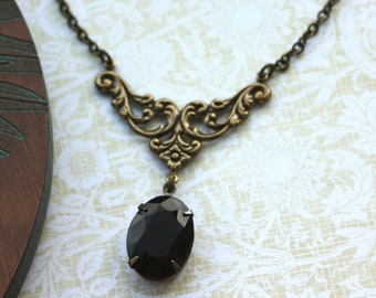 A Dark Red Garnet Vintage Jewel Art Nouveau Vintage style Necklace. Maid Of Honor.  Bridal Jewelry. Bridesmaid Necklace.
