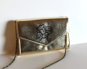 VINTAGE gold convertible PURSE with hand painted daffodil