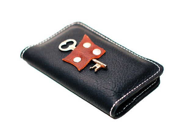 Leather Phone Case - Smartphone Wallet with Antique Key