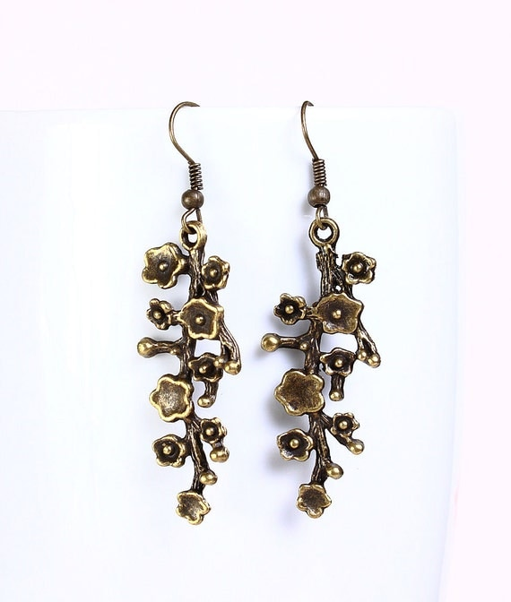 Antique brass blossom filigree drop dangle earrings (522) - Flat rate shipping