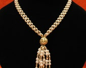 Vintage Gold Tone Faux Pearl Plastic Beaded Tassel Necklace