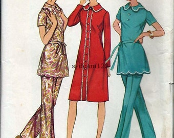 Vintage 1971 Scalloped Edge Collar and Hem Tunic or Dress Pattern Straight Leg Pants 1970s Simplicity 9631 Bust 45