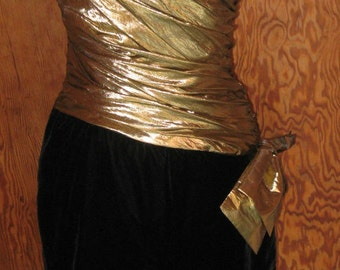 Vtg 80s Ruched Metallic Gold  Black Velvet One Sleeve less Wiggle Prom Cocktail Party Dress with Bow XS S