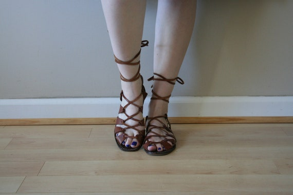 70s Gladiator Flats Brown Leather Sandals Strappy Lace Up Flats Italian Van Eli Size US 6 / UK 4 / EU 36