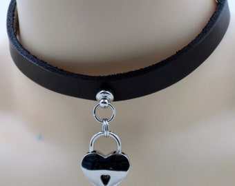 Captured Heart Submissive Collar (lock included) - Free US Shipping