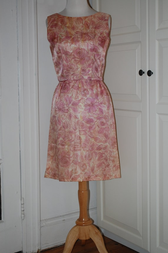VINTAGE 50s Silk Wiggle Dress, Pink/Lilac Floral Print, Metal Zipper, Size S/M