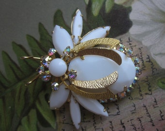 Vintage Juliana Figural White Bug Brooch