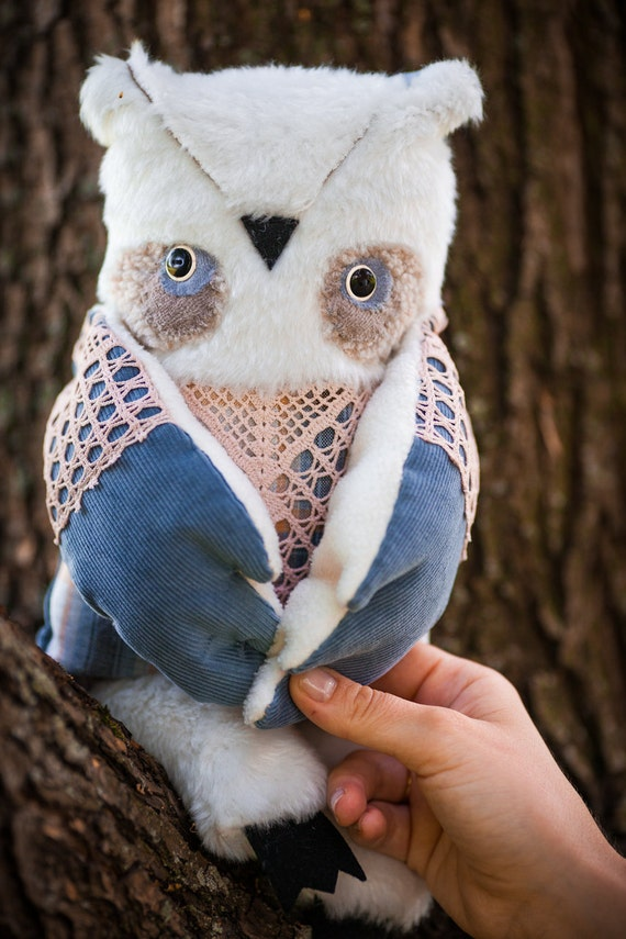 Nordic owl ,  soft  art toy  by   Wassupbrothers. Free shipping