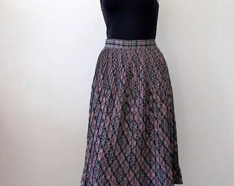 1950s Wool Skirt / pleated plaid a line skirt / preppy vintage fall fashion