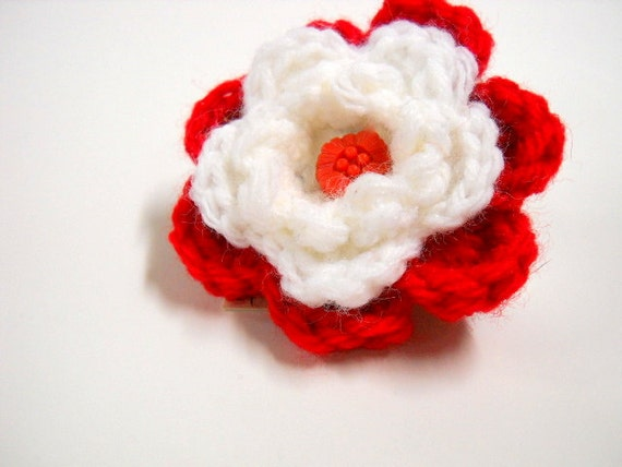 Scarf Pin, Flower Brooch Pin, Boutonniere, Lapel Pin, Shawl Pin, Fiber Jewelry, Red, White